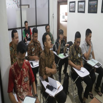 Pelatihan Bahasa Inggris | Manajemen Area Luar Negeri